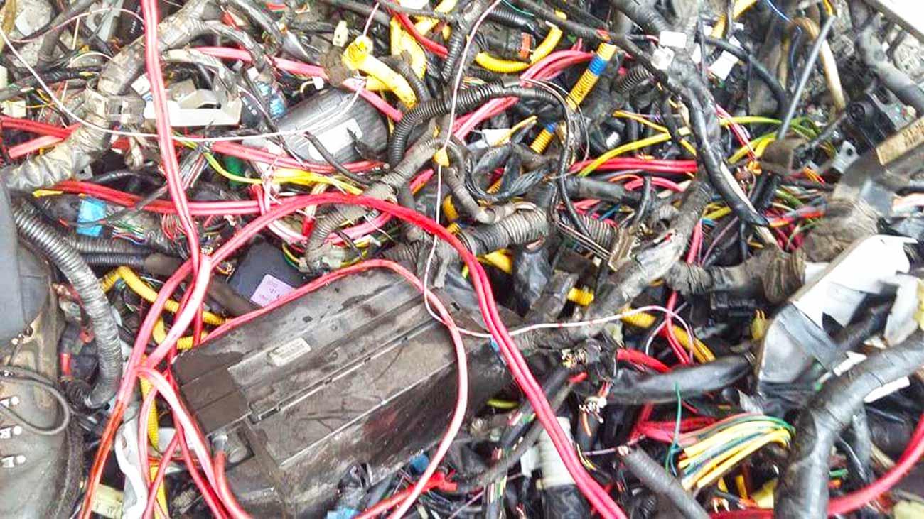 Oryginał Opes Group Sp. z o.o. | Skup złomu kabla miedzianego | Recykling kabli XF36